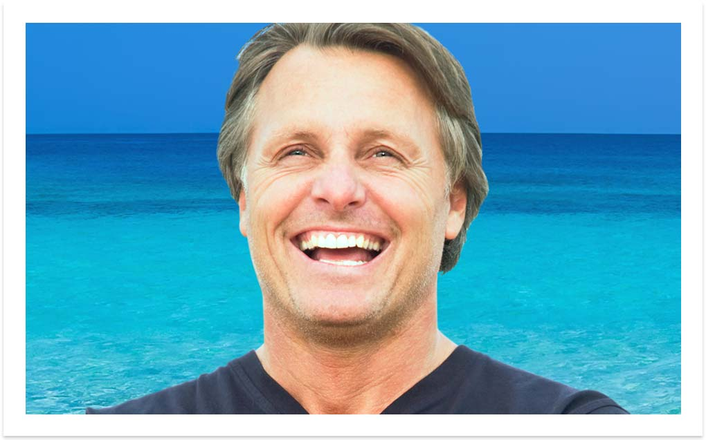 image-happy-senior-dental-implants-vacations